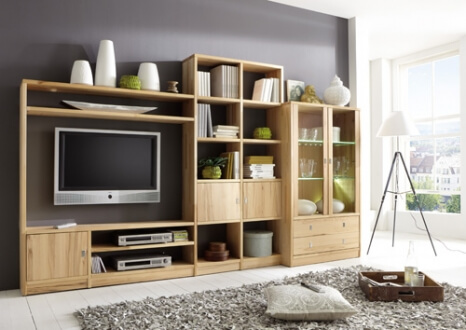 Wohnzimmer-Regalsystem mit TV-Board und Vitrine
