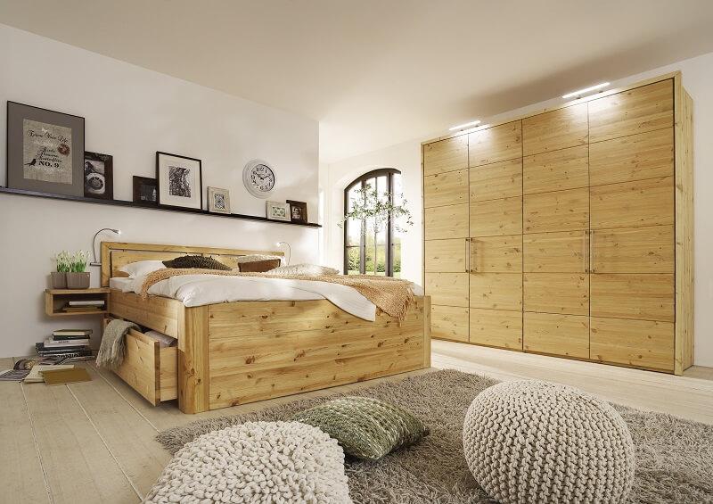 Komfortbett mit großzügen Schubladen aus Massivholz Kiefer
