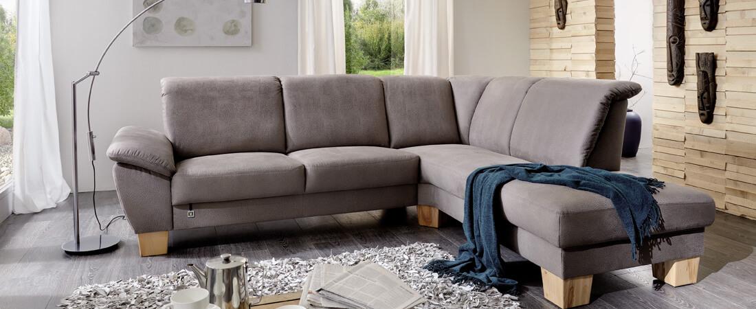 Wohnzimmermöbel, Sofa, Couch, Polsterecke mit Funktion Möbeltrends 2019 im Möbelhaus Scan Life Nähe Rosenheim