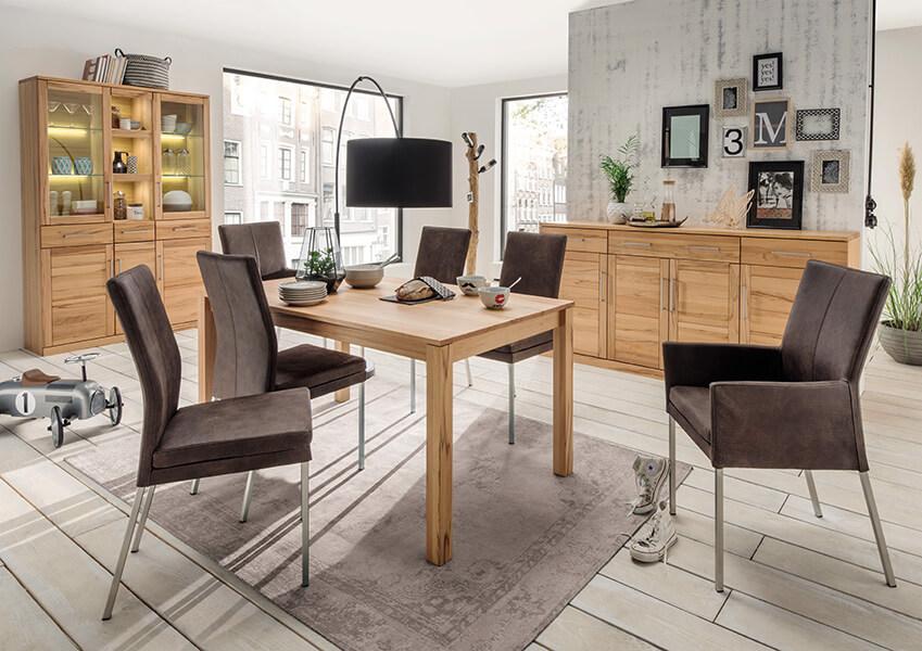 Esszimmermöbel aus Massivholz – vielseitig & funktionell